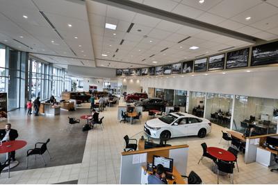 Larry H. Miller Downtown Toyota Spokane Image 8
