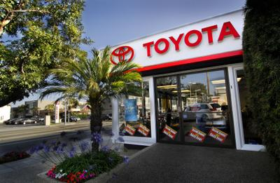 Toyota Santa Monica Image 6