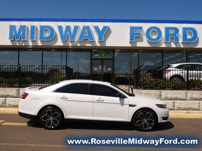 Ford Taurus 2018 for Sale in Saint Paul, MN