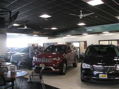 Smith Haven Chrysler Dodge Jeep Ram Image 2