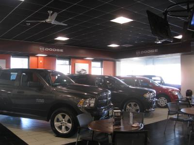 Smith Haven Chrysler Jeep Dodge RAM Image 6