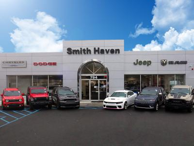 Smith Haven Chrysler Dodge Jeep Ram Image 4