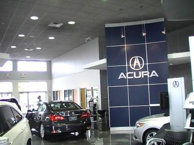 Continental Acura of Naperville Image 4