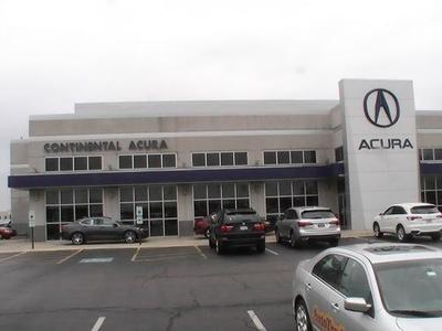 Continental Acura of Naperville Image 9