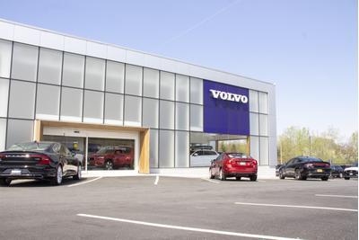 Ramsey Volvo Image 4