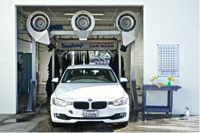 Long Beach BMW Image 8