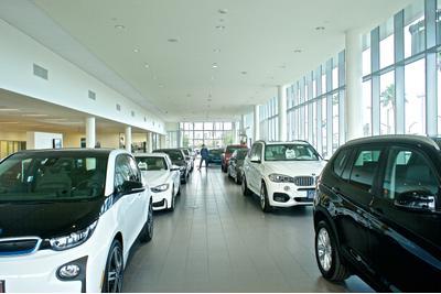 Long Beach BMW Image 9