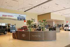 Desert Toyota Image 9