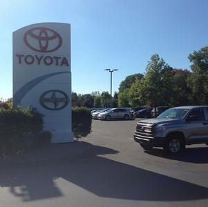 Lynch Toyota Image 1