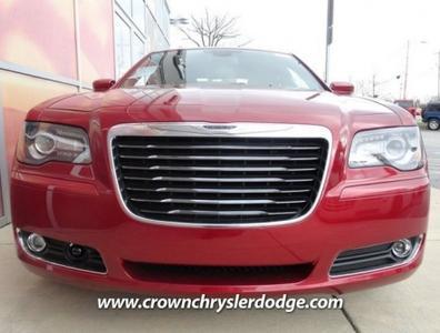 Crown Chrysler Dodge Jeep Ram Greensboro Image 6