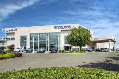 McKevitt Volvo Cars Image 6
