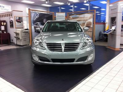 Glenbrook Hyundai - Happy Car Store Image 3