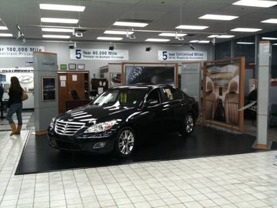 Glenbrook Hyundai - Happy Car Store Image 5