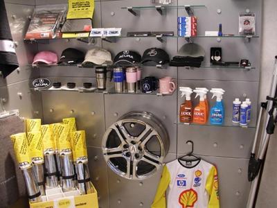 Bobby Rahal Acura Image 4