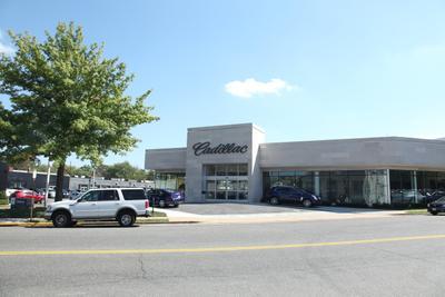 Lindsay Cadillac Image 1