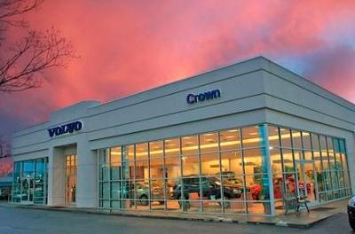 Crown Volvo Cars Image 2