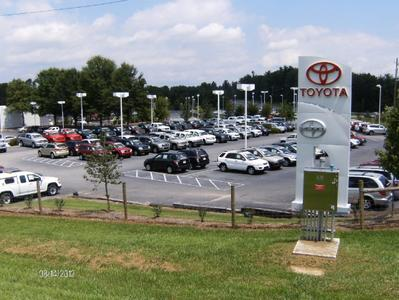 Fred Anderson Toyota of Asheville Image 7