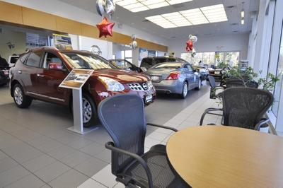 Gordie Boucher Nissan of Greenfield Image 6