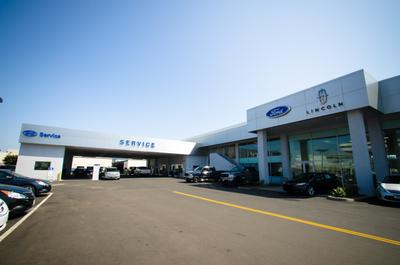Norm Reeves Ford Superstore Image 2