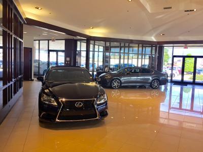 Lexus of New Orleans Image 4