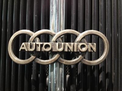 Molle Audi Volkswagen Image 2