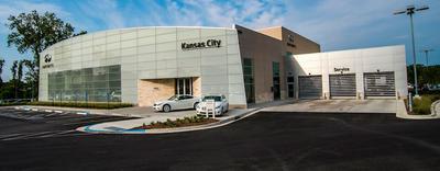 INFINITI of Kansas City Image 2