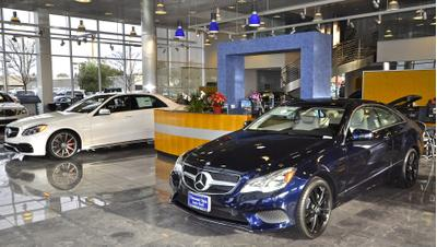 Mercedes-Benz of Thousand Oaks Image 4