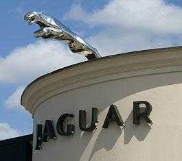 Wilde Jaguar Land Rover Sarasota Image 7