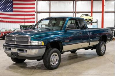Dodge Ram 2500 1998 for Sale in Grand Rapids, MI