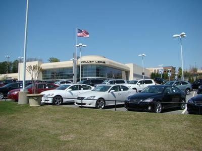 Nalley Lexus Galleria Image 3