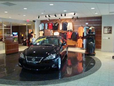 Nalley Lexus Galleria Image 7