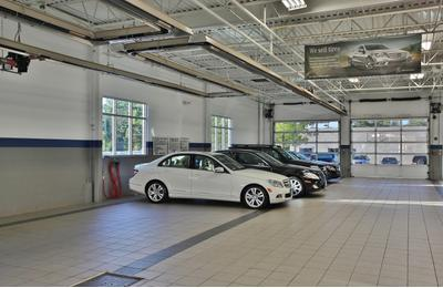 New Country Motor Cars Image 6