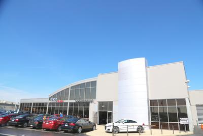 Continental Audi of Naperville Image 2