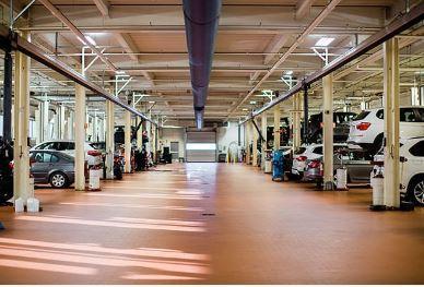 BMW of Norwood Image 4