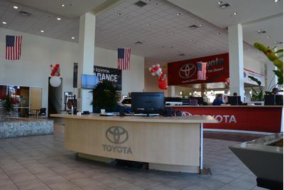 Toyota of the Desert Image 5