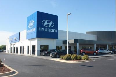 Napleton's Valley Hyundai Image 6