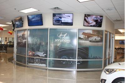 Napleton's Valley Hyundai Image 7