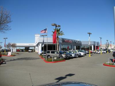 Nissan of Vacaville Image 4