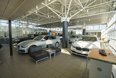 Laurel BMW of Westmont Image 2