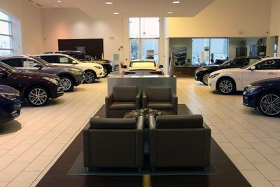INFINITI of Naperville Image 1