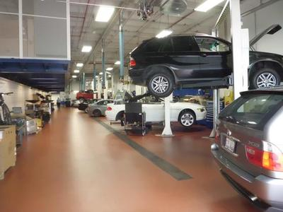 Joe Perillo BMW, Inc. Image 9