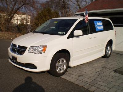 2013 Dodge Grand Caravan SXT for sale VIN: 2C4RDGCG0DR523561