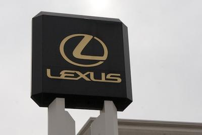Lexus of Glendale Image 3