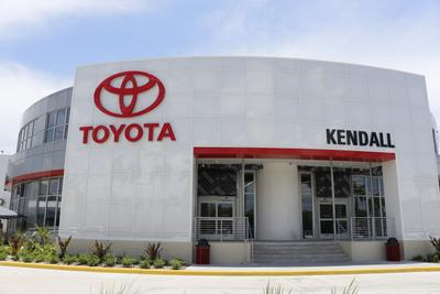 Kendall Toyota Image 1