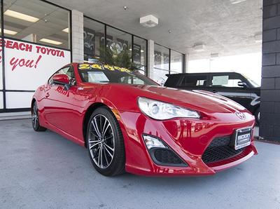 Manhattan Beach Toyota Image 6
