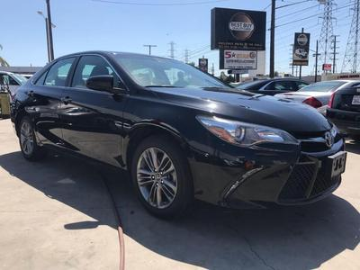Toyota Camry 2017 for Sale in Bellflower, CA