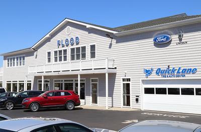Flood Ford Lincoln of Narragansett Image 3