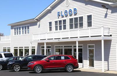 Flood Ford Lincoln of Narragansett Image 5