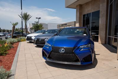 Lexus of Cerritos Image 2