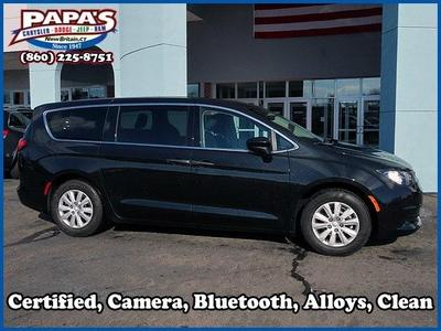 2018 Chrysler Pacifica L for sale VIN: 2C4RC1AG1JR100132